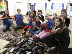 Willingham Guides collect spectacles